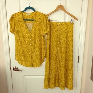 Shirt and skirt set/ Yellow with flowers